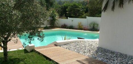 Egura piscines everblue saint p de l ren pisciniste for Construction piscine everblue