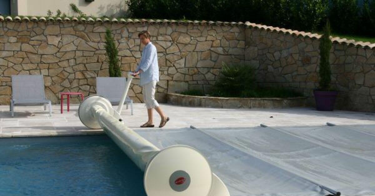 L 39 enrouleur pour b che barres fonctionnement for Support bache a barre piscine