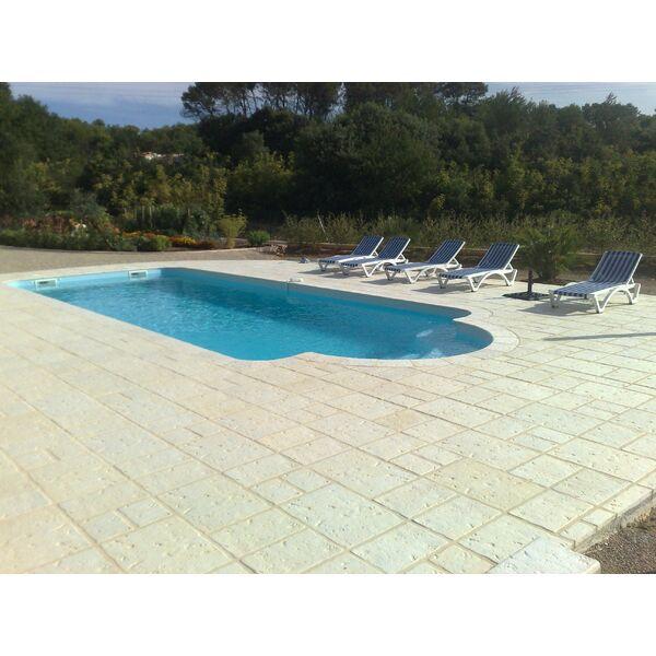 Piscine entreprise bruno vidauban pisciniste var 83 for Construction piscine zone a