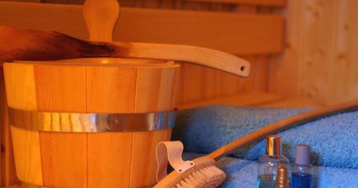 comment bien entretenir son sauna. Black Bedroom Furniture Sets. Home Design Ideas