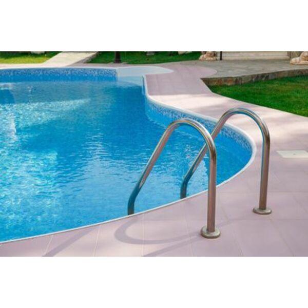 entretien d 39 une piscine en copropri t comment cela se. Black Bedroom Furniture Sets. Home Design Ideas