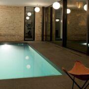 entretien et traitement dune piscine intrieure fleche