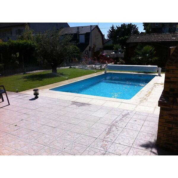 Piscine environnement cr atif solidpool claye for Environnement piscine