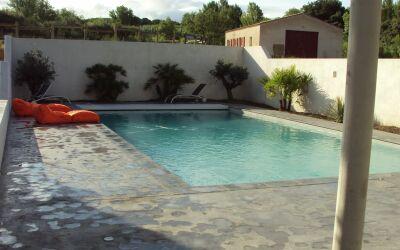 Espace piscine à Lézignan Corbières
