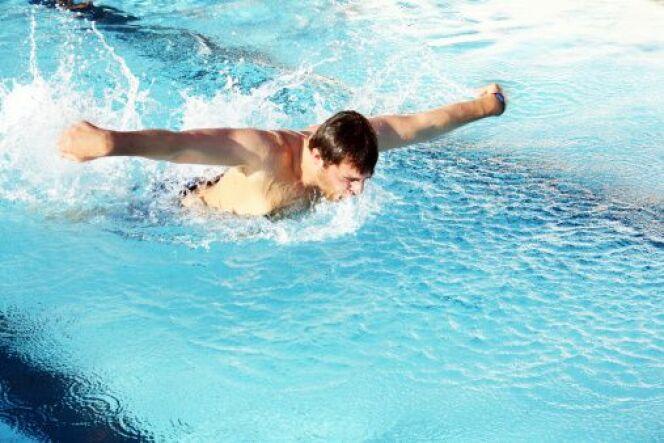 """Essoufflement en natation : comment bien prendre son souffle<span class=""""normal italic petit"""">© Thinkstock</span>"""