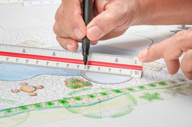 Établir les plans d'une piscine en béton