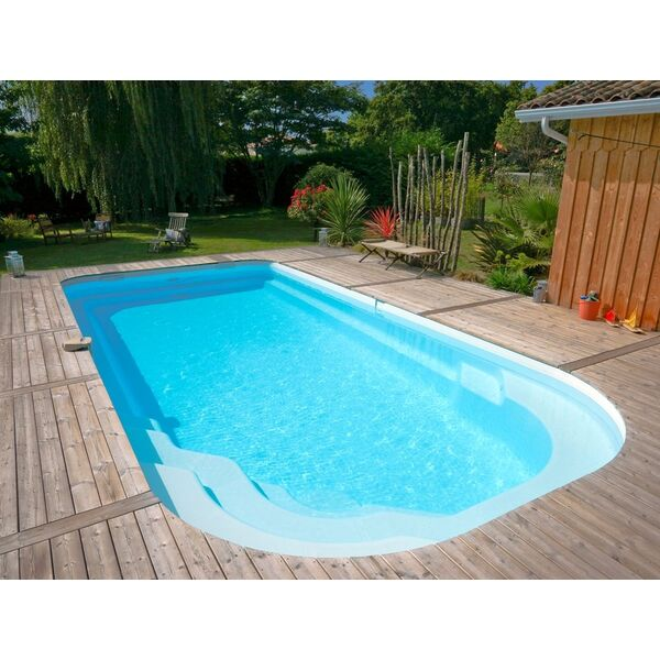 Etude et conception polyester fabricant aboral piscines for Fabricant piscine