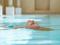 Exercices pour muscler ses jambes en piscine