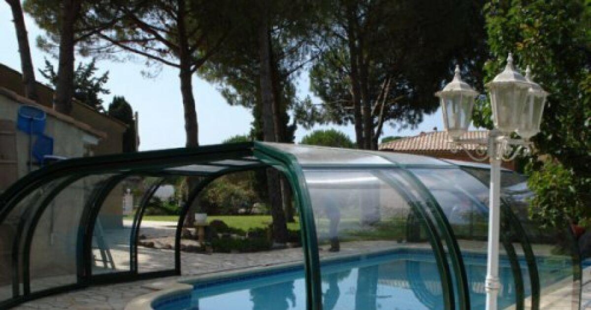 Fabricants d abris de piscine prenez le temps de comparer for Fabricant de piscine