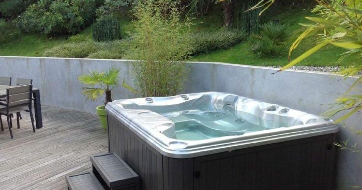 faut il couler une dalle en b ton pour installer un spa. Black Bedroom Furniture Sets. Home Design Ideas