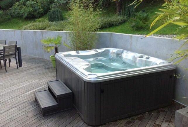 Faut-il couler une dalle en béton pour installer un spa ?
