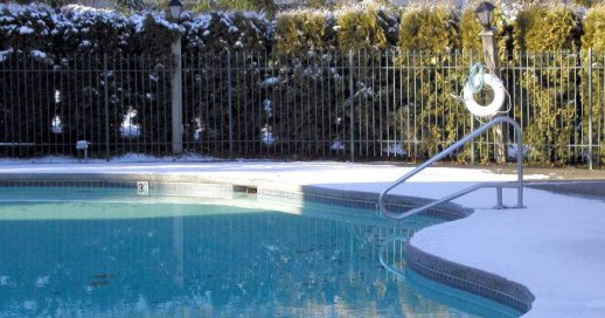 faut il vider une piscine en hiver