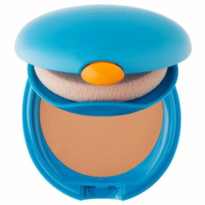Fond de teint compact Soleil Protecteur de Sephora offre une peau unifiée et aide à lutter contre les rayons UV