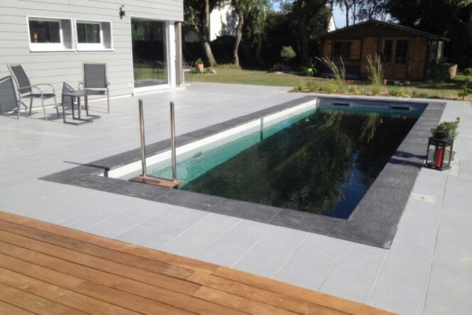 Fond mobile Pooldeck d'Azenco : position ouverte