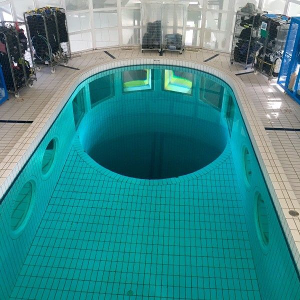 Centre nautique la baleine piscine saint denis for Epinay sur seine piscine
