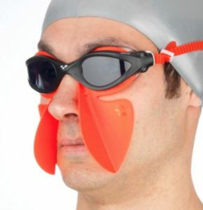 """Le Freestyle Breather est un accessoire qui va vous faciliter la respiration. <span class=""""normal italic petit"""">© Arena</span>"""