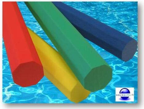 "Frites piscine octogonales par Aquagyms<span class=""normal italic petit"">© Aquagyms</span>"