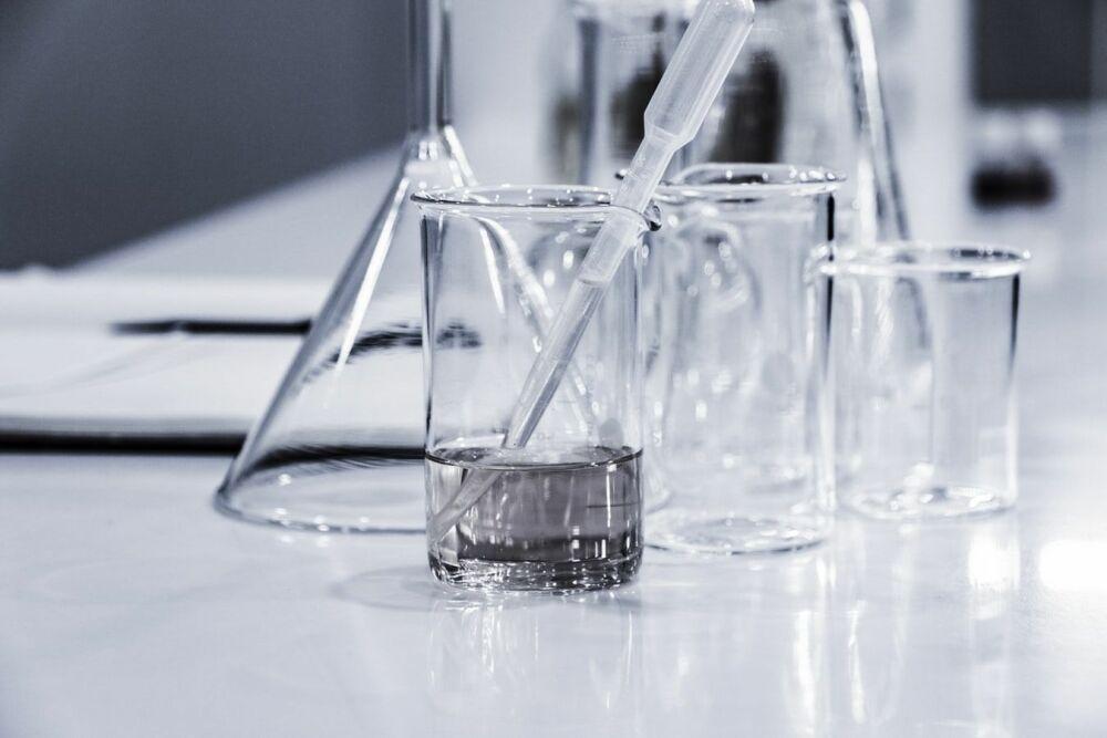 Gaches Chimie: produits de traitement de l'eau© Hans Reniers - Unsplash