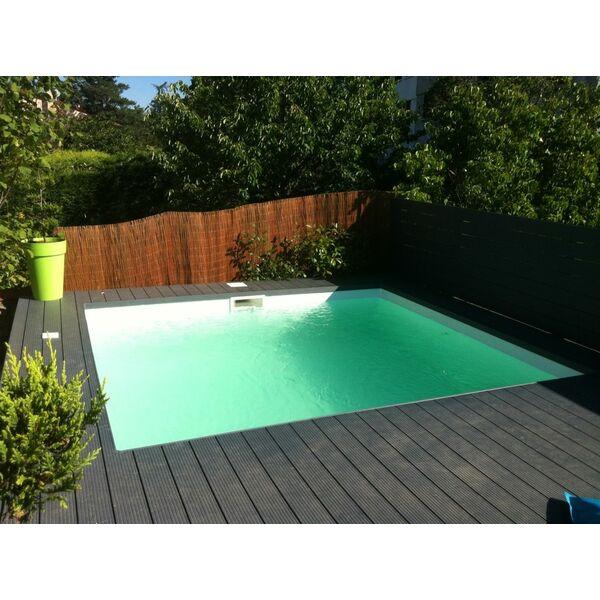 Plaisir piscine le plaisir dutre dans une piscine - Piscine poitiers horaires ...
