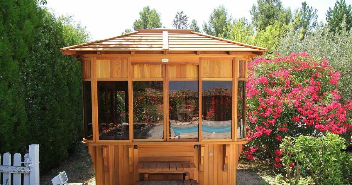 spa exterieur couvert good bains nordiques with spa exterieur couvert top amenagement paysager. Black Bedroom Furniture Sets. Home Design Ideas