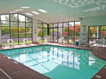 GECO propose une gamme de déshumidificateurs gainables pour piscine