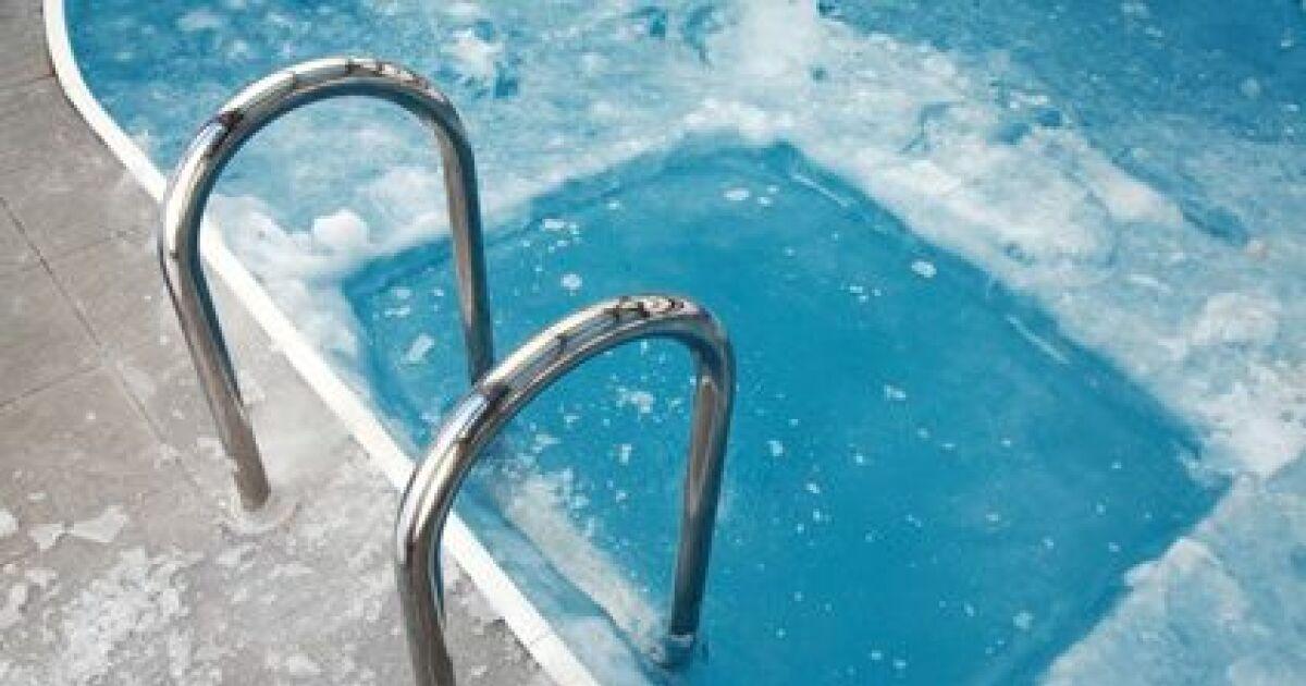 Gel et piscine for Attraper des poux a la piscine
