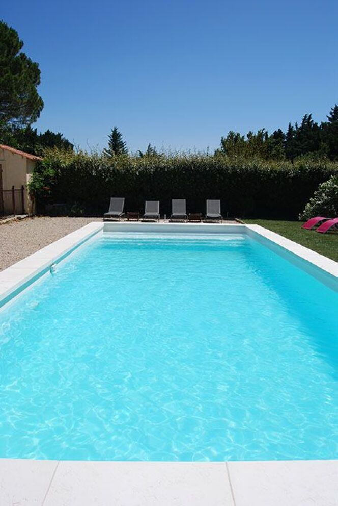 g n ration piscine lance une nouvelle piscine. Black Bedroom Furniture Sets. Home Design Ideas