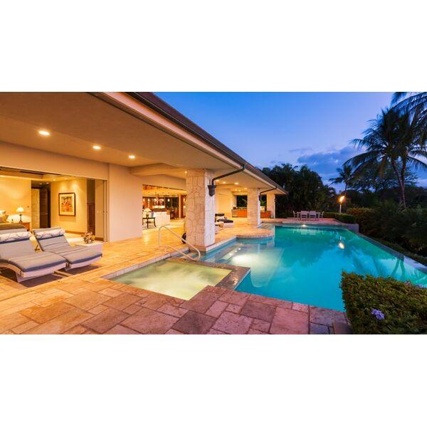 piscine gestion pool mouans sartoux pisciniste. Black Bedroom Furniture Sets. Home Design Ideas