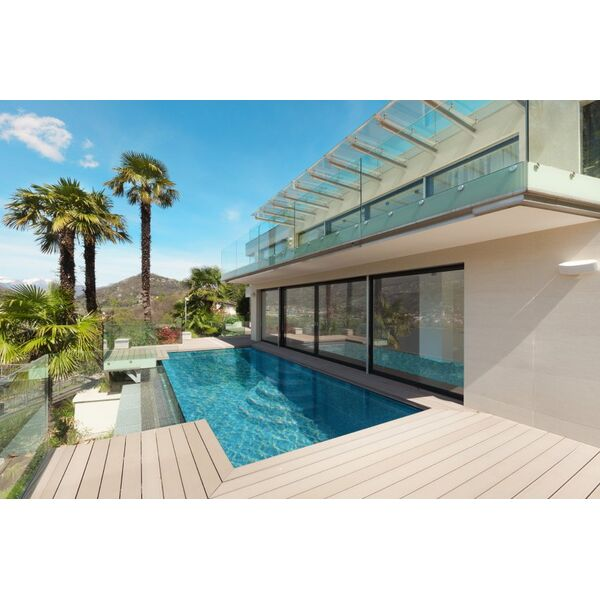 Piscine gestion pool mouans sartoux pisciniste for Piscine coque alpes maritimes