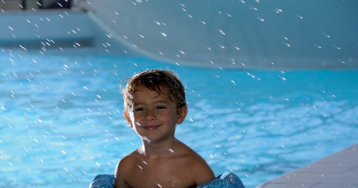 Les photos des accessoires de plage ou piscine pour for Piscine pour apprendre a nager