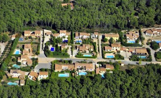 """Google Maps a permis au fisc de repérer 300 piscines non déclarées. <span class=""""normal italic petit"""">© Marc CECCHETTI - Fotolia.com</span>"""
