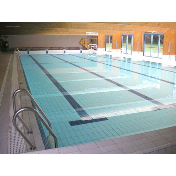 Piscine desvres horaires tarifs et photos guide - Petit bassin piscine ...