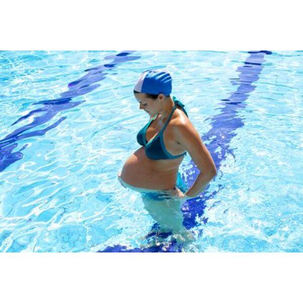 Grossesse et piscine quels effets sur mon b b for Video bebe a la piscine