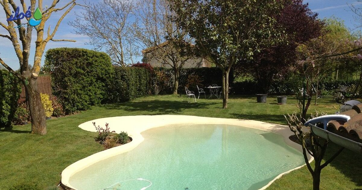 piscine avec bassin en caoutchouc. Black Bedroom Furniture Sets. Home Design Ideas