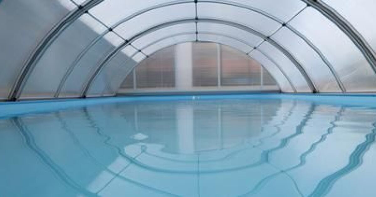 Galeries photos abri de piscine les diff rentes for Piscine 1m de hauteur