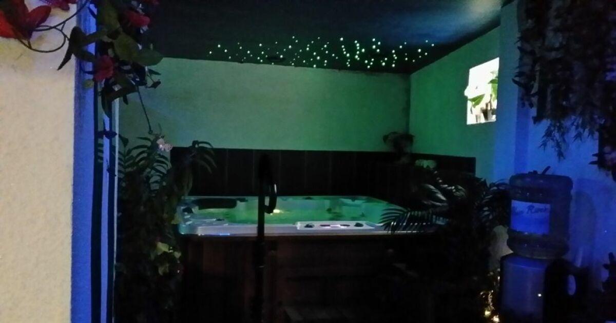 Hayden spa aulnay sous bois horaires tarifs et photos for Aulnay sous bois piscine