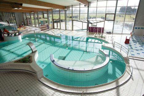 Hodellia centre aquaforme christian barjot piscine for Piscine houilles horaires