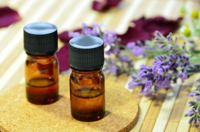 Quelques huiles essentielles suffisent pour commencer l'aromathérapie.
