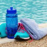 Bien s'hydrater pour mieux nager