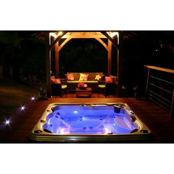 Illuminer son spa clairage et jeux de lumi re - Eclairage spot salon ...