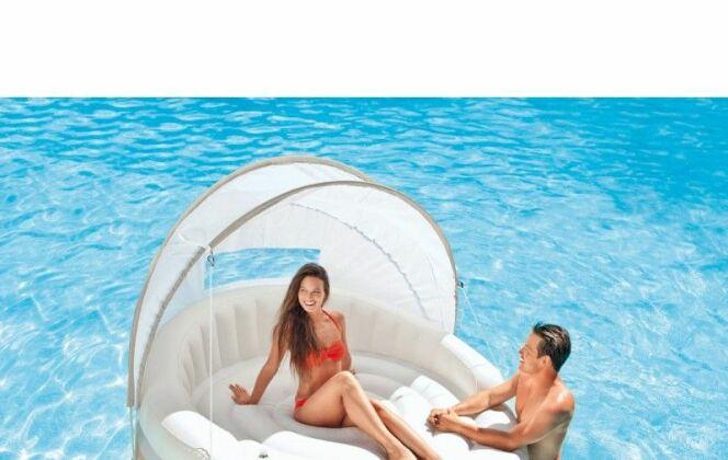 Ilot flottant pour piscine © Intex