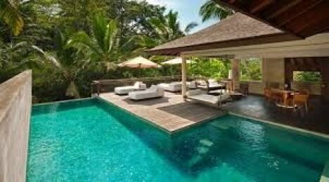 Aménagement plage piscine