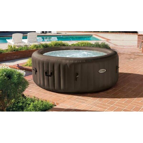 Installer un spa gonflable - Petit jacuzzi gonflable ...