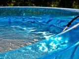 Peut-on installer une piscine gonflable sur une terrasse ou un balcon ?