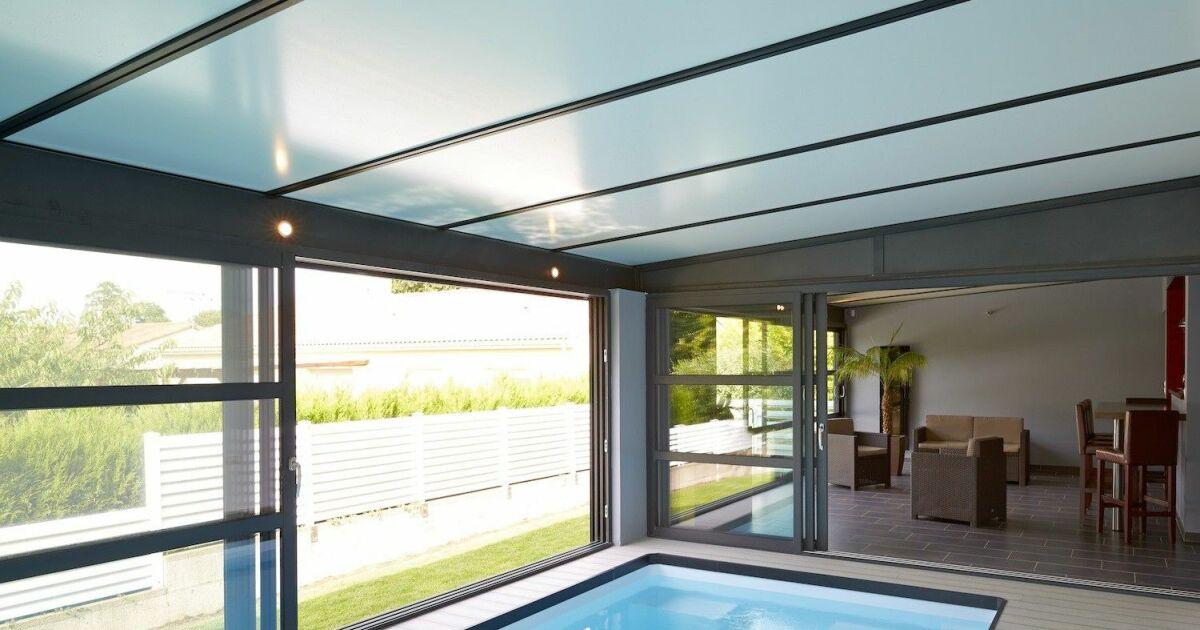 installer une piscine sous une v randa. Black Bedroom Furniture Sets. Home Design Ideas