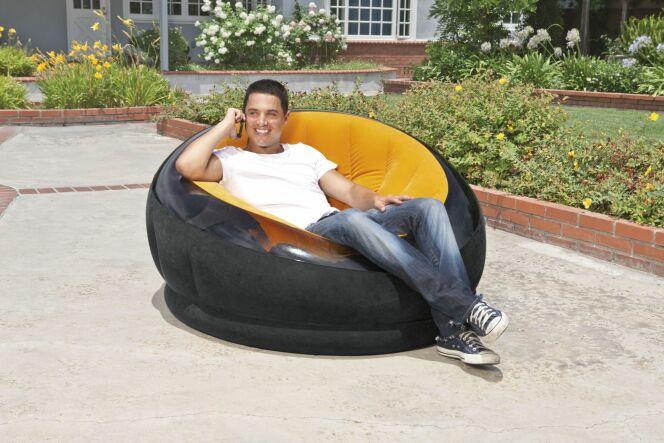 """Intex lance le mobilier gonflable intérieur et extérieur !<span class=""""normal italic petit"""">© Intex</span>"""