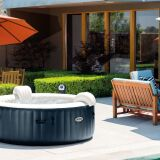 Pourquoi choisir un spa gonflable plutôt qu'une piscine hors-sol