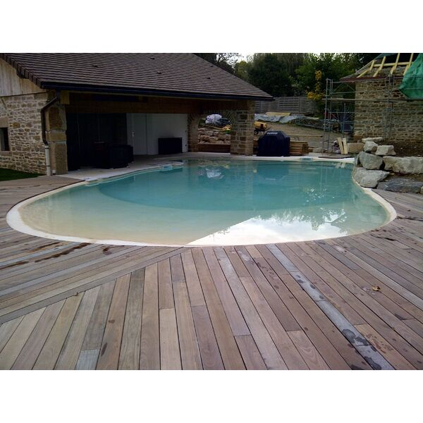 Piscine jcb jacquinot construction batiment hi res sur for Construction piscine 38