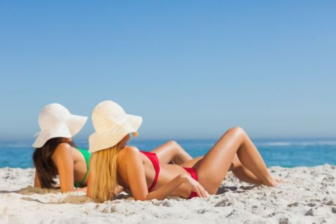 "Je prépare ma peau au soleil<span class=""normal italic petit"">© Wavebreakmedia Ltd - Thinkstock</span>"