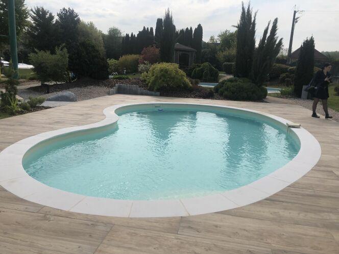 jeu de l t piscines waterair votre piscine rembours e. Black Bedroom Furniture Sets. Home Design Ideas